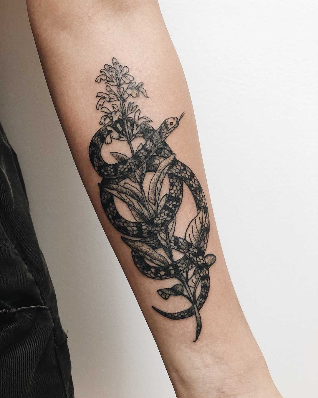 Snake Wrapped Around Thigh Tattoo: Snake Wrapped Around A Flower