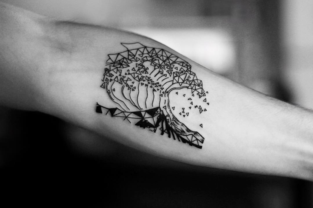 Abstract wave tattoo by Yuni