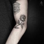 Black and grey rose by Ilayda Atlas