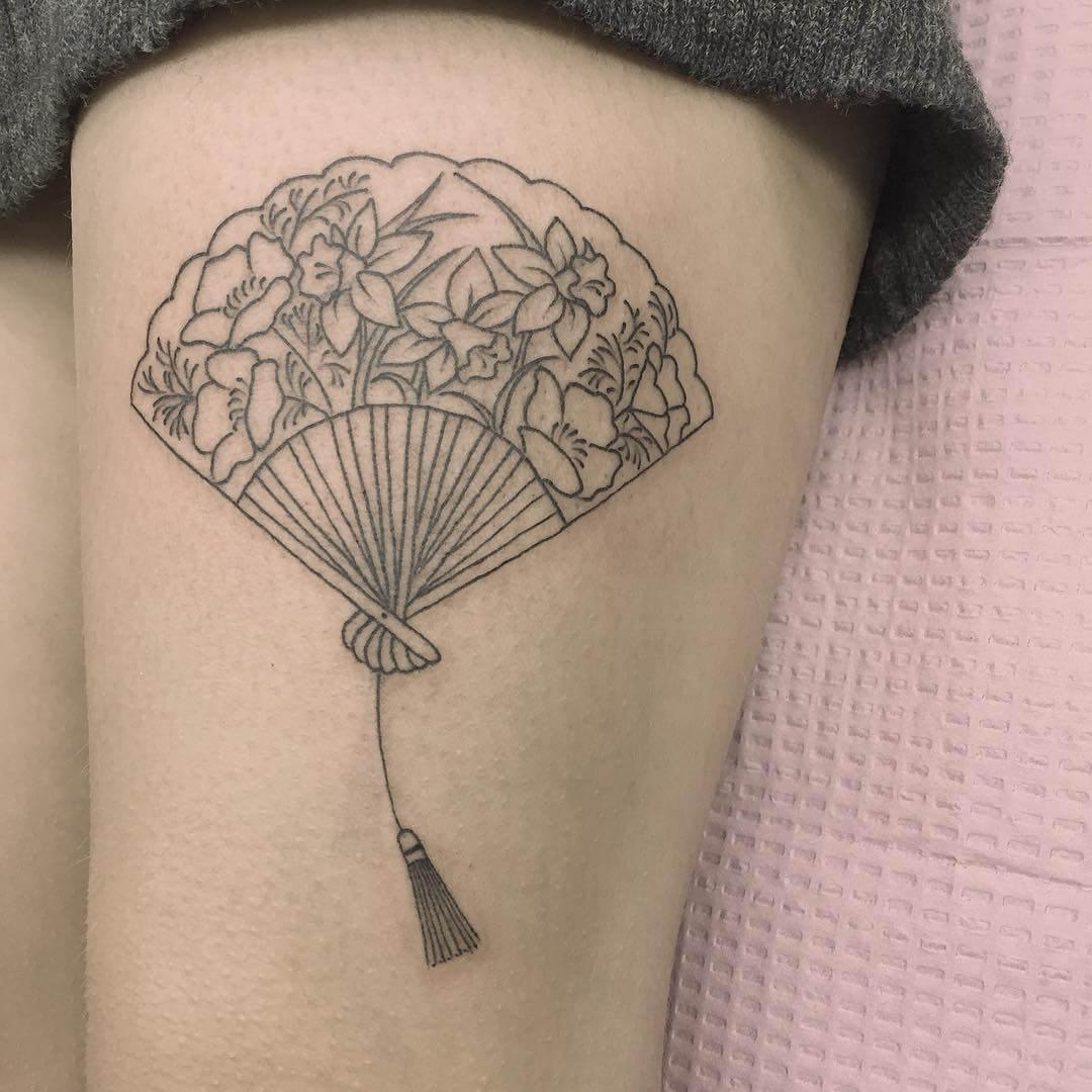 Hand fan tattoo by Jen Wong