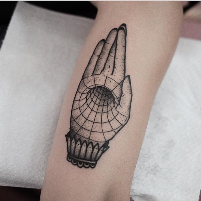 Hand void tattoo by Jonas Ribeiro
