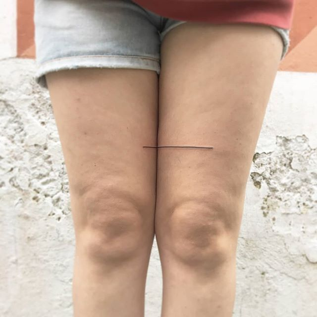 Lines on thighs