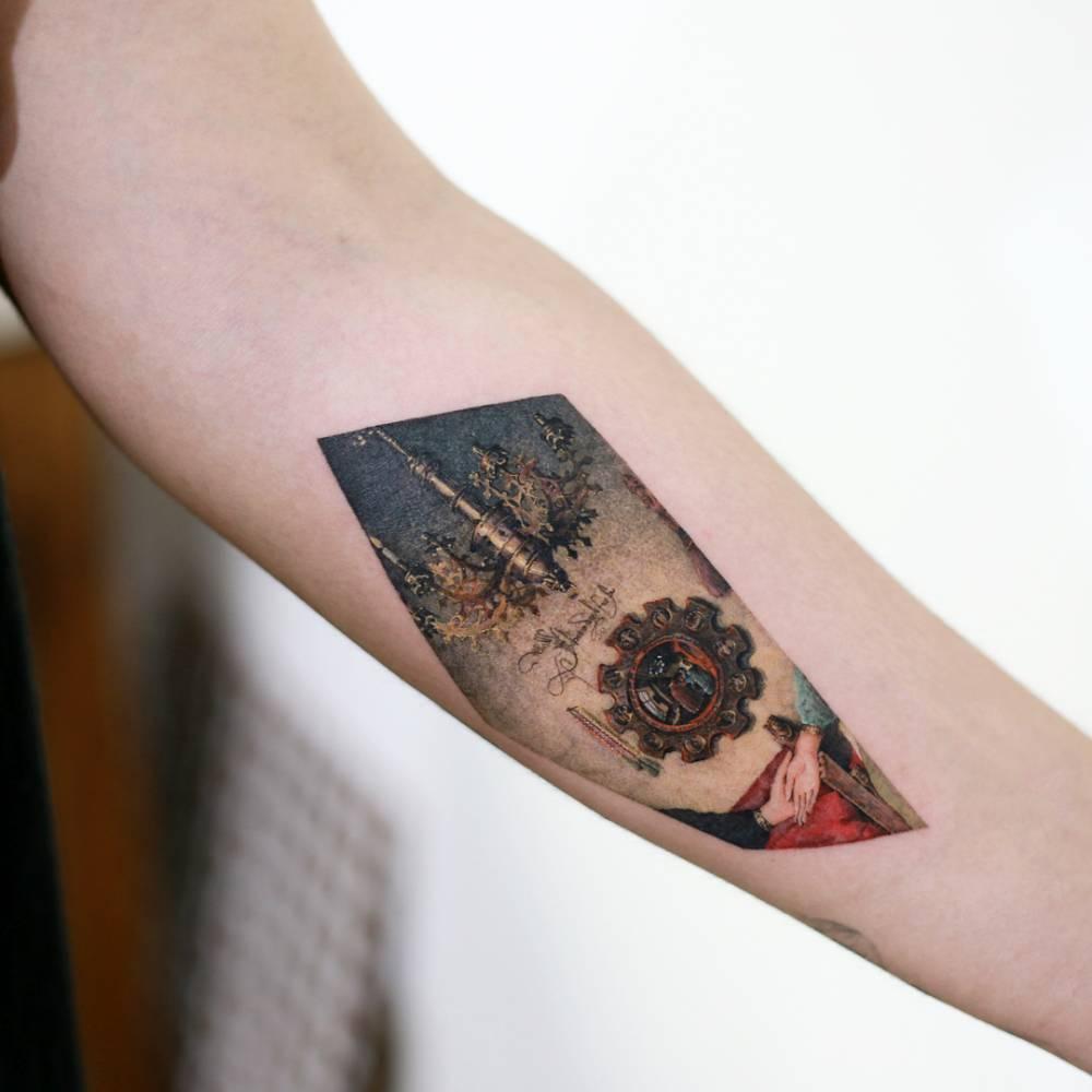 Sci-fi tattoo by tattooist Doy