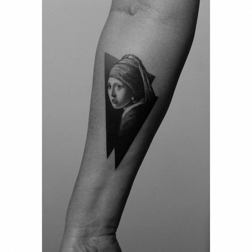 Tattoo of the Johannes Vermeer's Girl With A Pearl