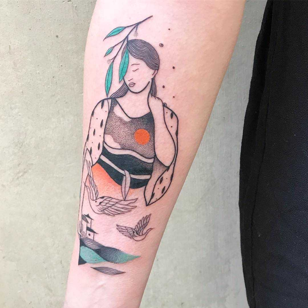 Abstract lady and birds tattoo