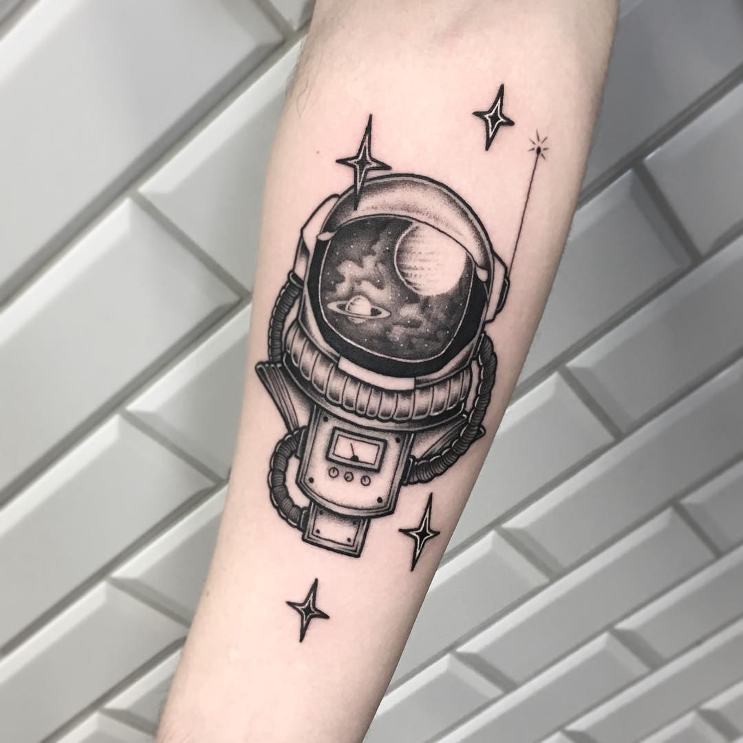 Astronaut's suit tattoo