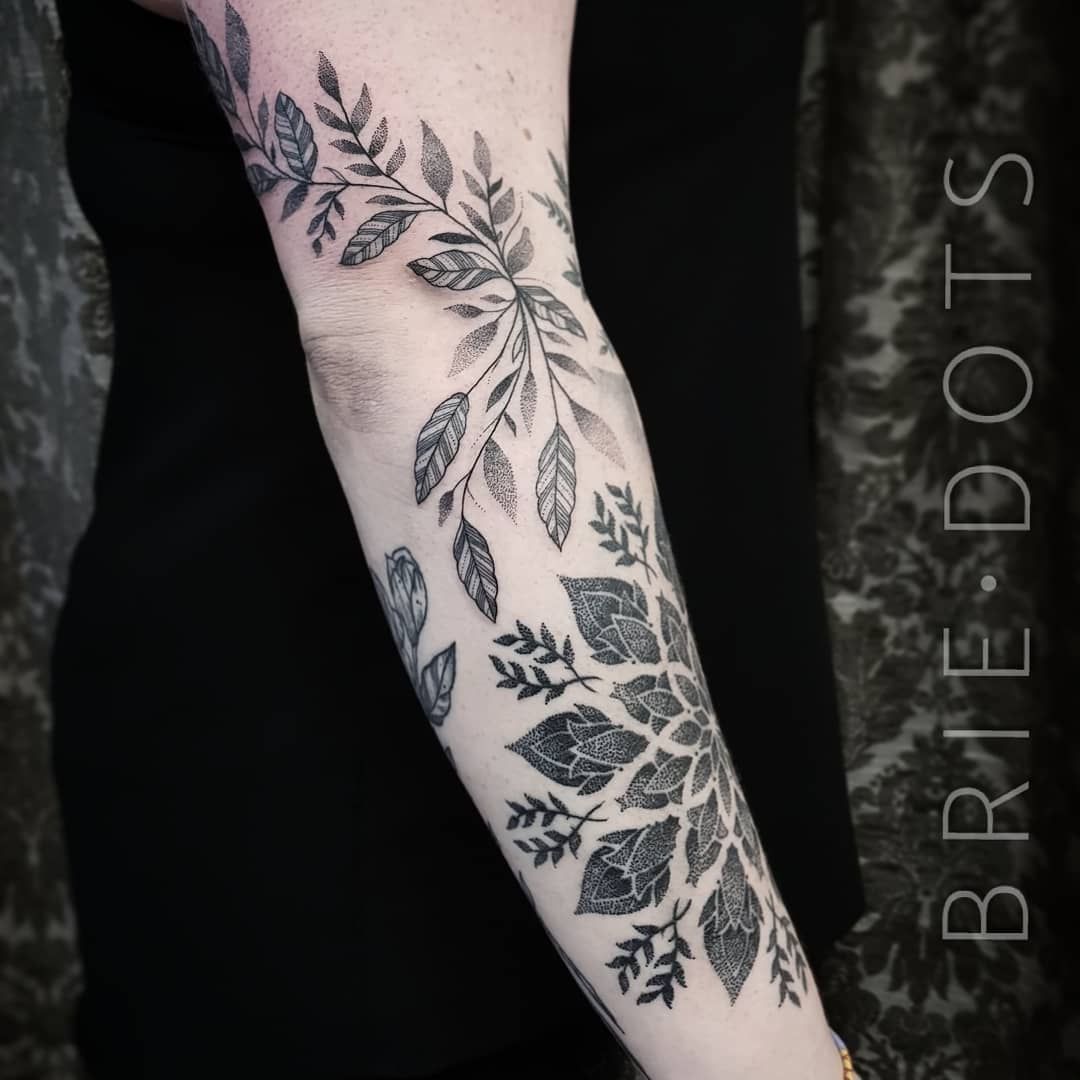 Black leaves tattoo by Brie Dots