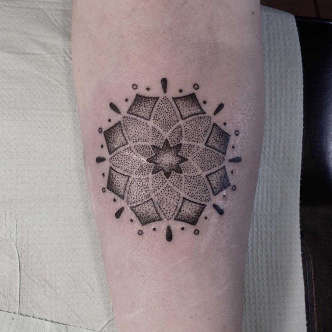 Dot-work mandala by Smutek