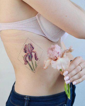 Flower in a rhombus on a rib