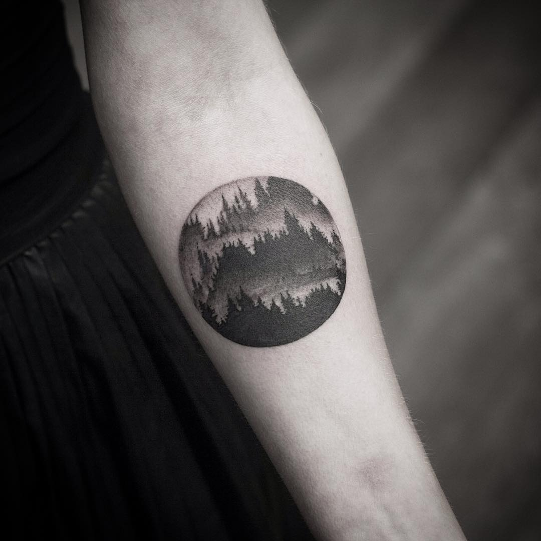 Gradient forest tattoo by Wagner Basei