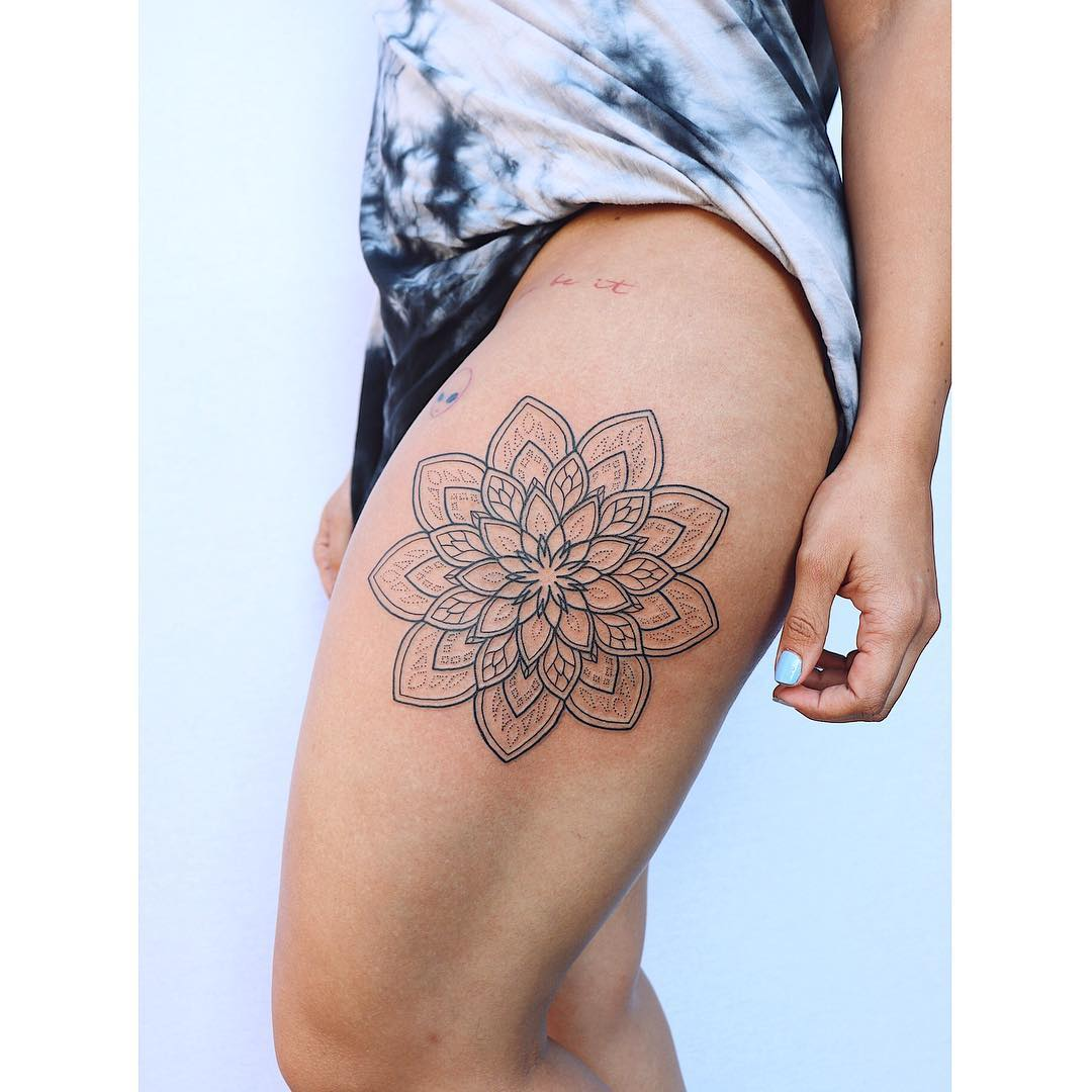 Large mandala by Tattooist Zaya