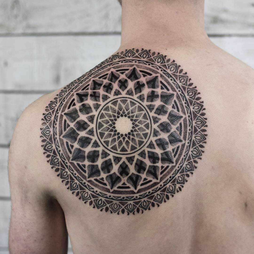 Large mandala tattoo by Wagner Basei