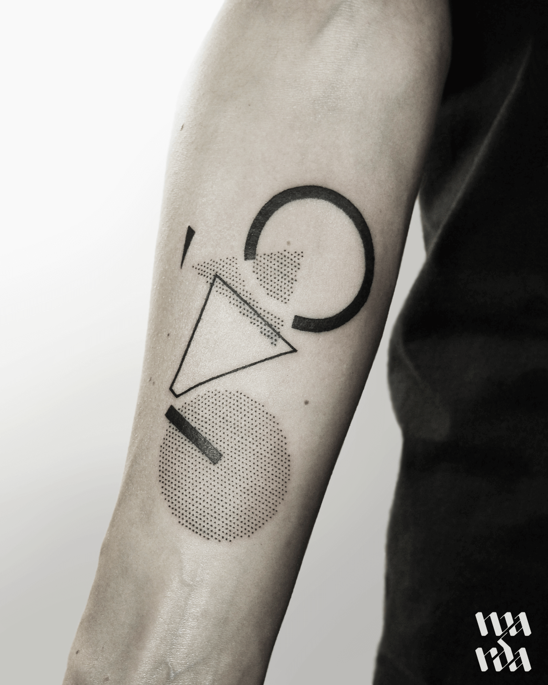 Minimalist geometry tattoo by Warda