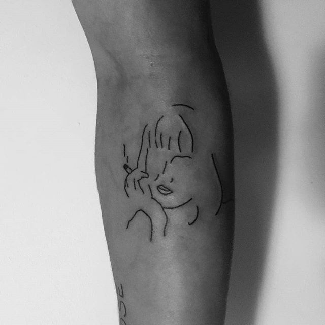 Outline Mia Wallace tattoo