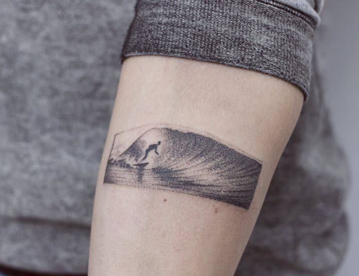 Surfer tattoo by Nano Ponto A Ponto
