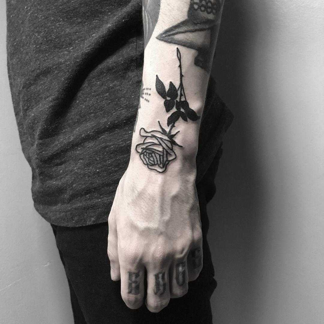 A black rose by Johnny Gloom