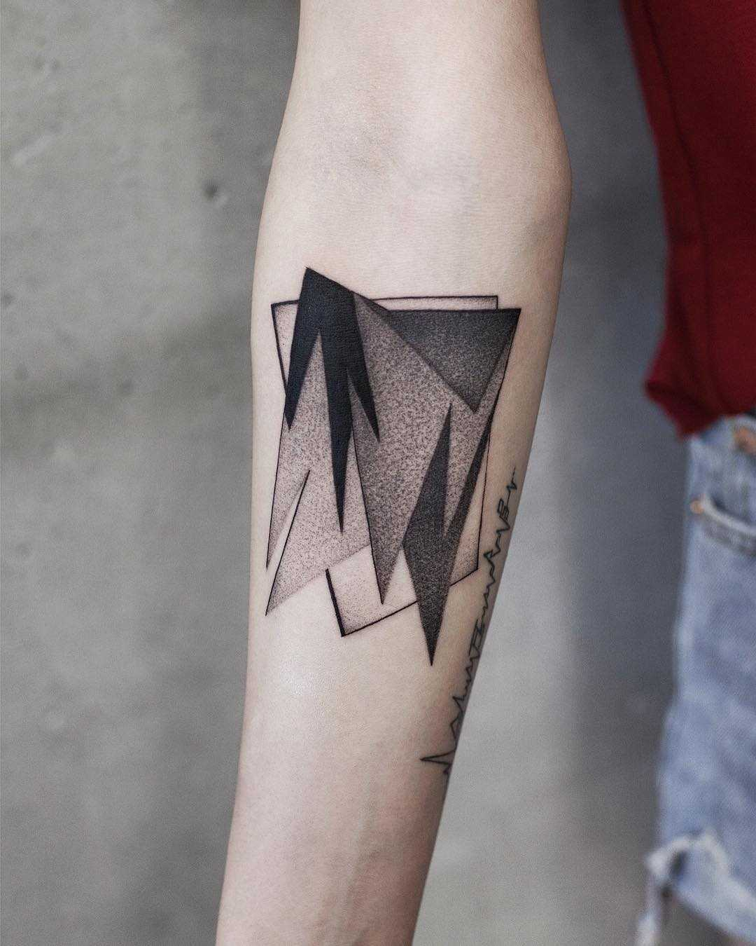 Abstract shapes tattoo by Aki Wong