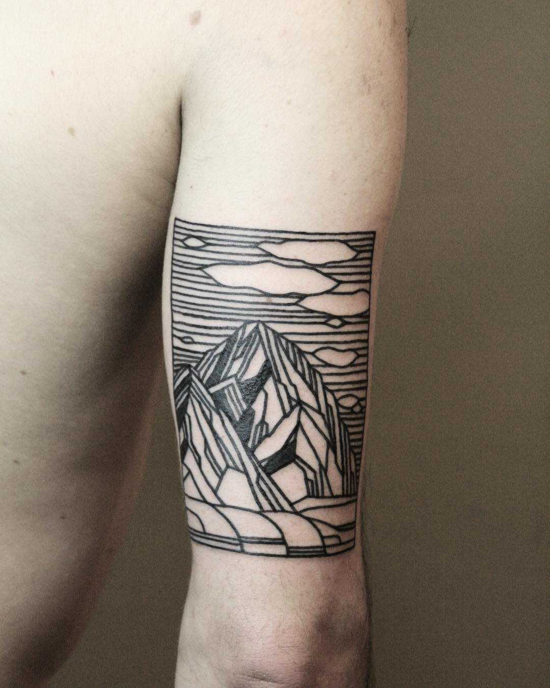 Bold mountains by tattooist Spence @zz tattoo