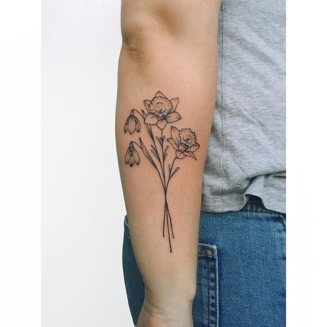 Floral bouquet by tattooist Zaya