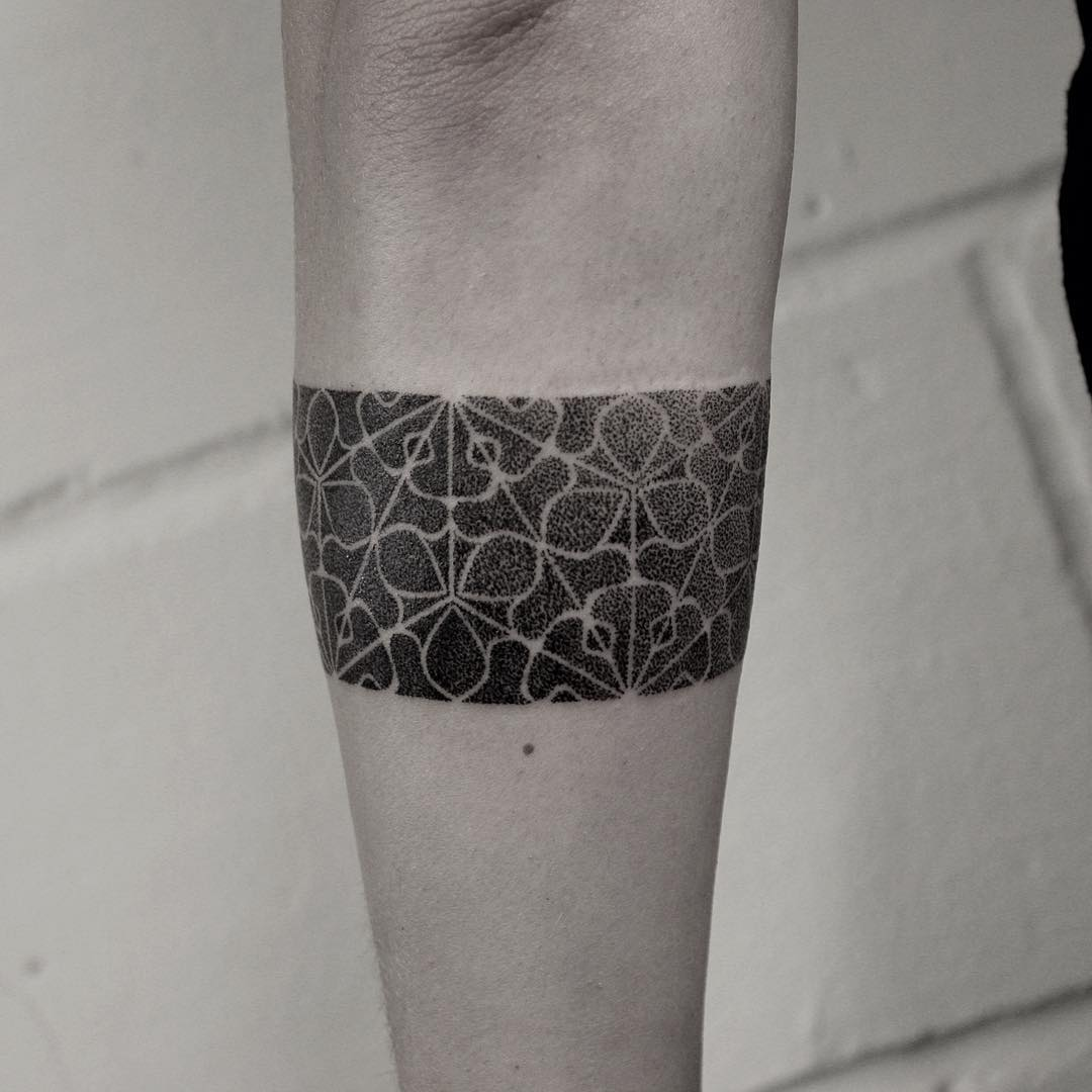 Hand-poked armband by Oliver Whiting