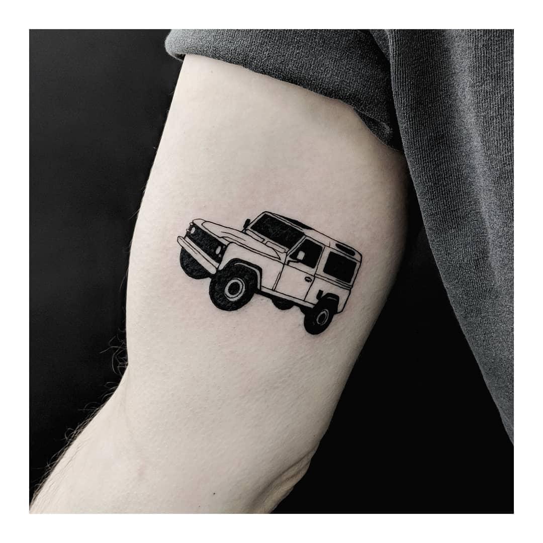 Land Rover Defender tattoo by Sabrina Parolin