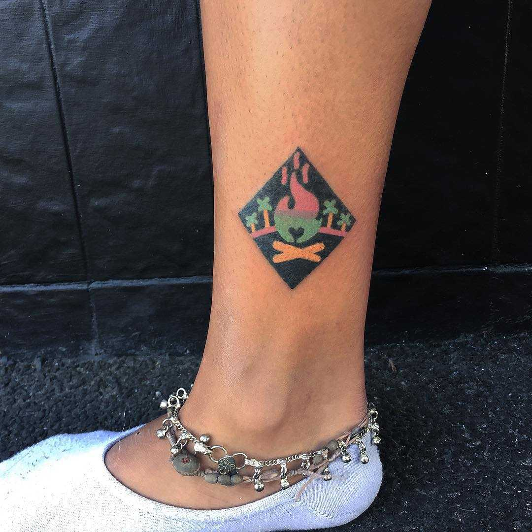 Hand-poked campfire by zzizziboy