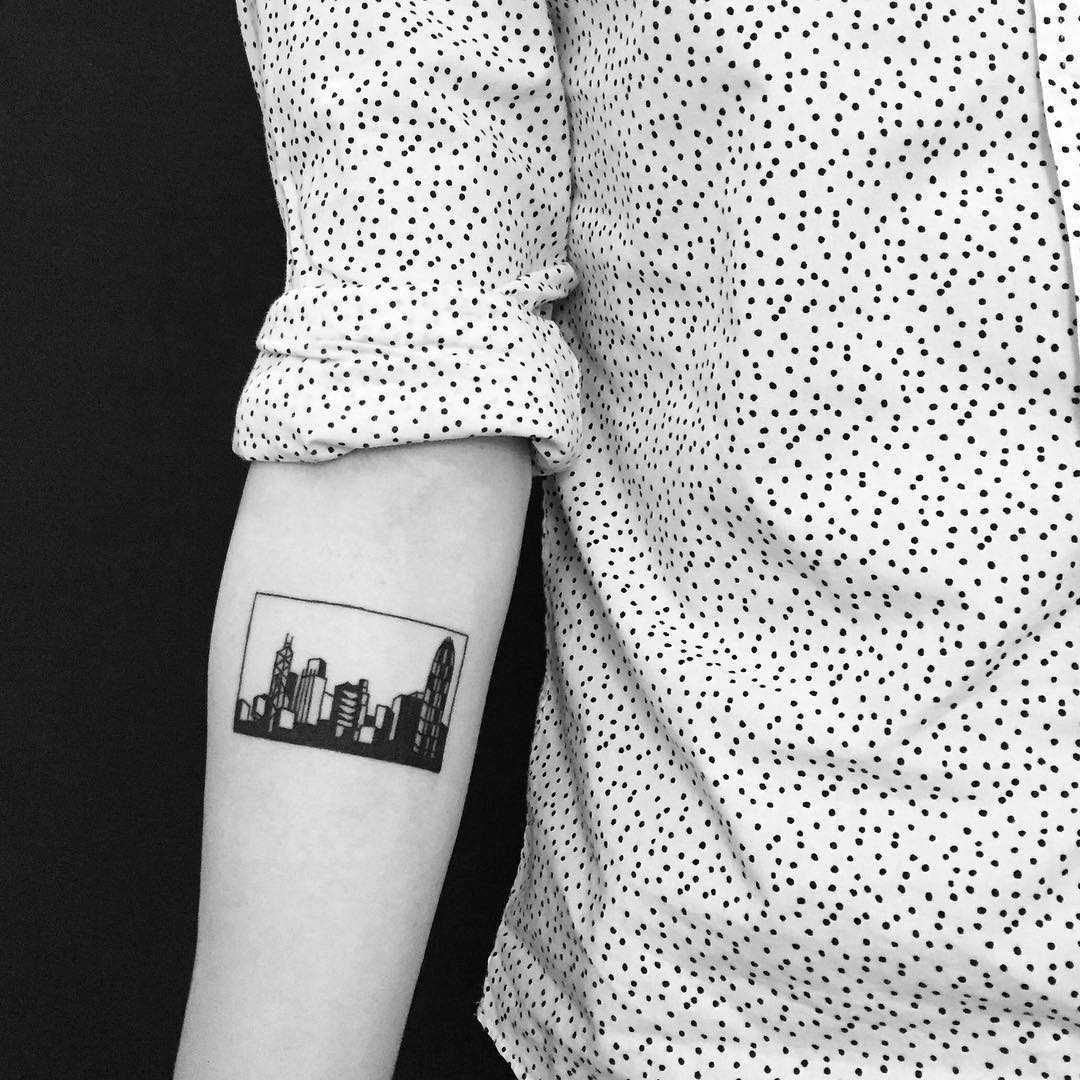 Hongkong skyline tattoo by Chinatown Stropky