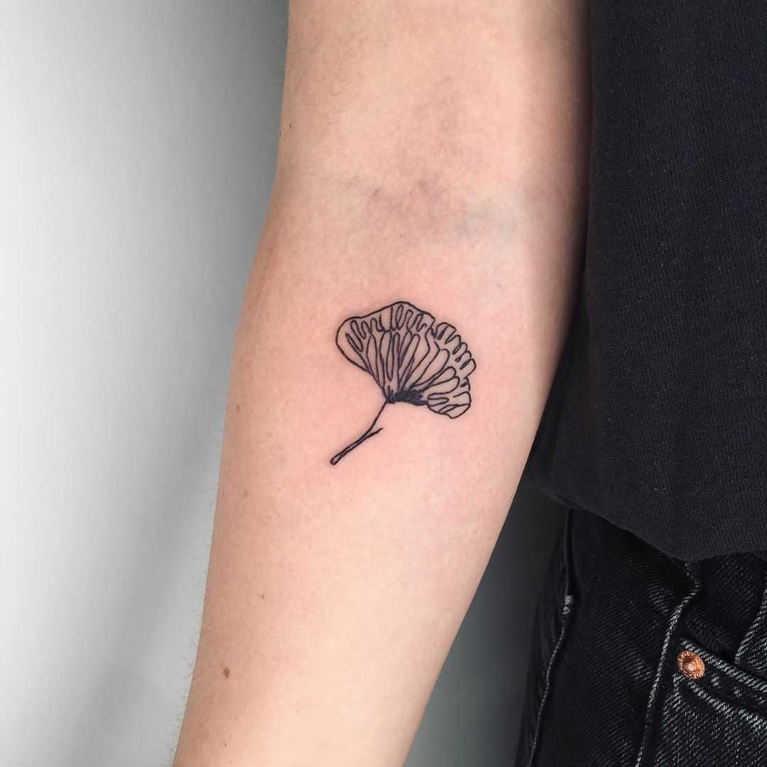 Little ginkgo leaf by Suki Lune