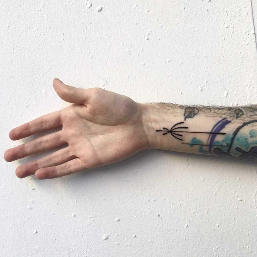 Minimalist lines by Agata Agataris