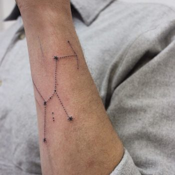 Orion's Belt tattoo by Stanislava Pinchuk