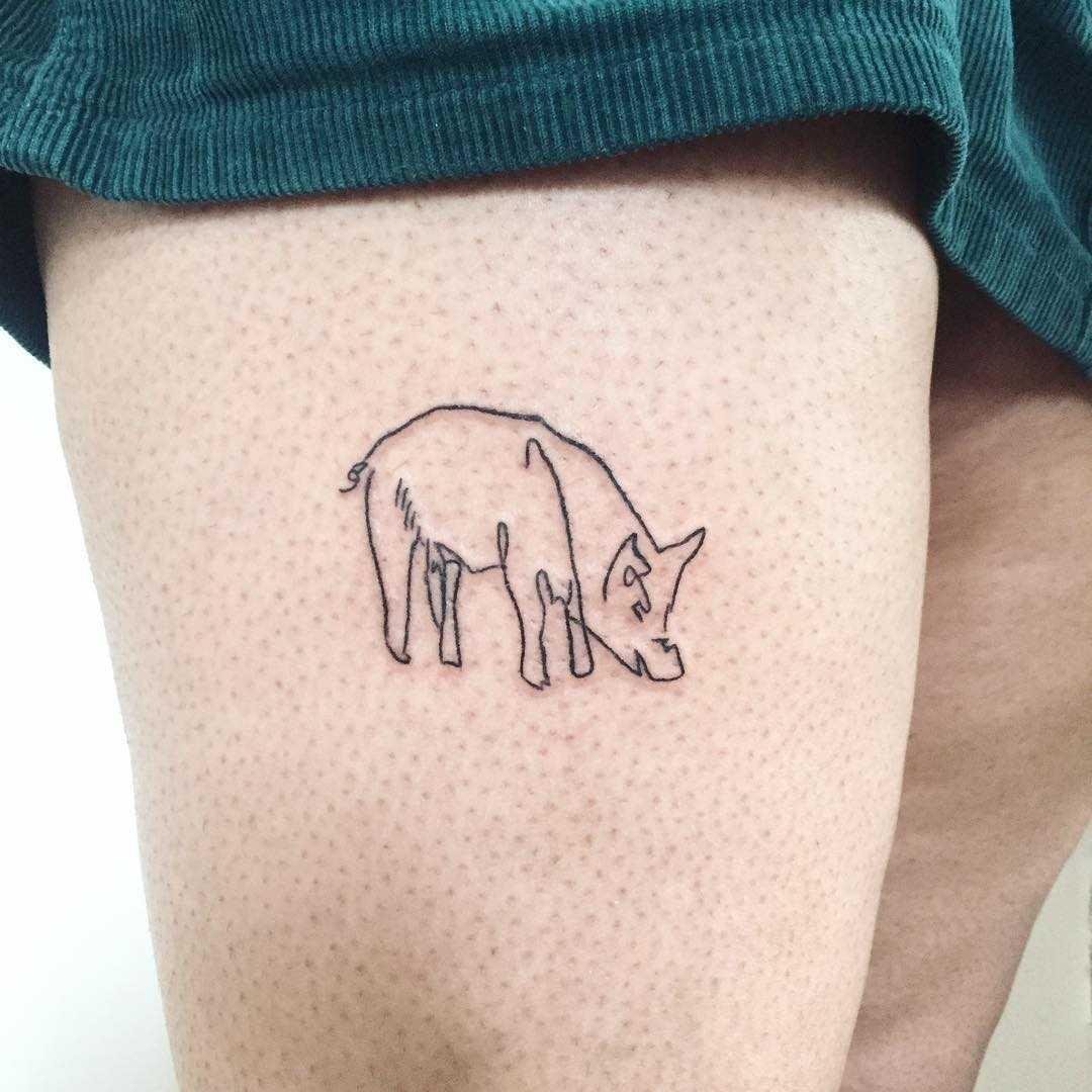 Outline piggy tattoo by Suki Lune