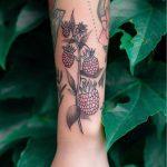 Raspberry branch tattoo by Dżudi Bazgrole