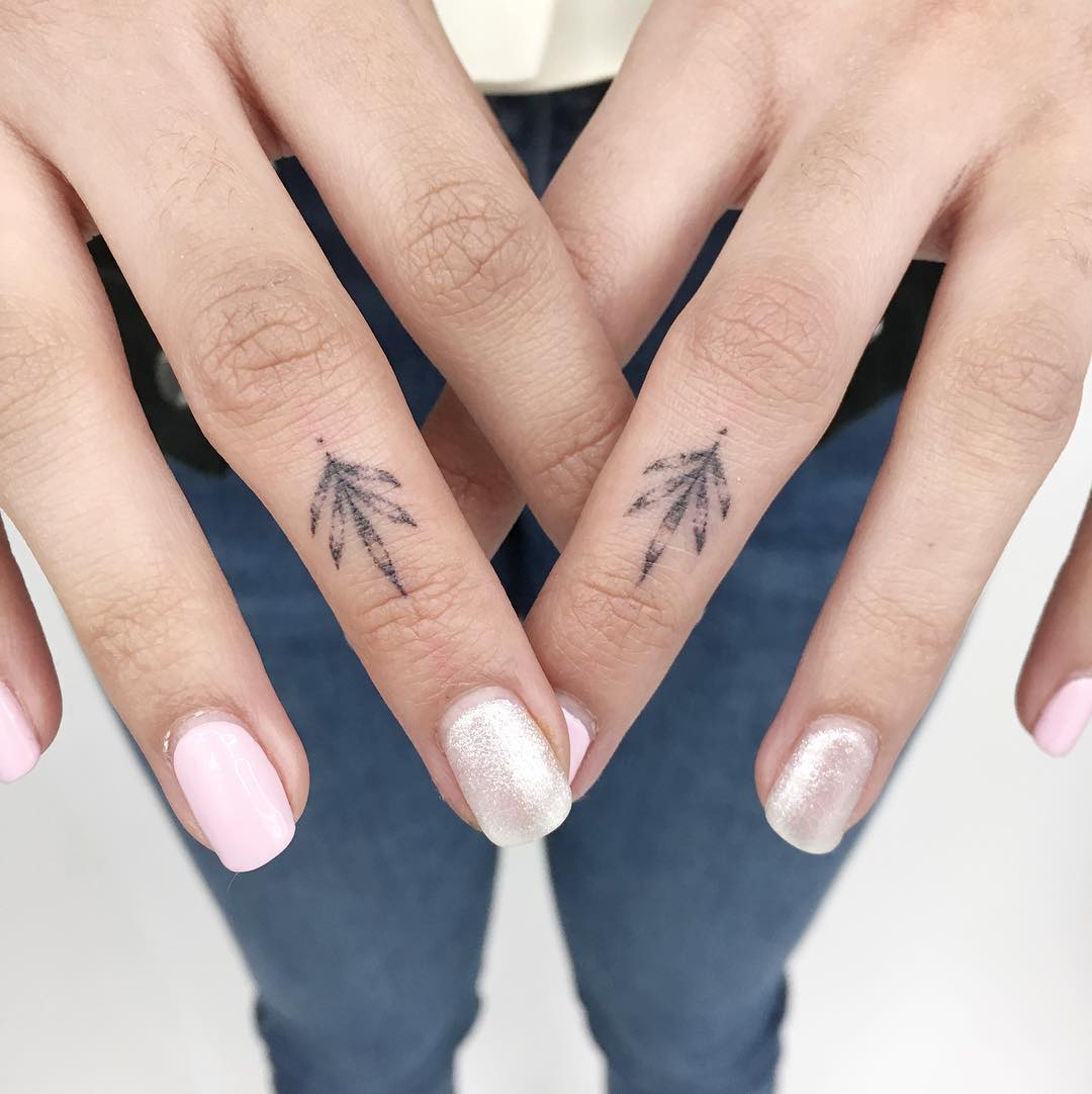 Tiny plant tattoos by Gianina Caputo