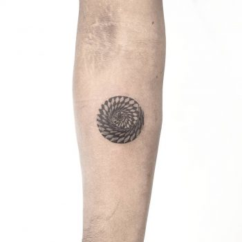 Dizzy circle by anton1otattoo