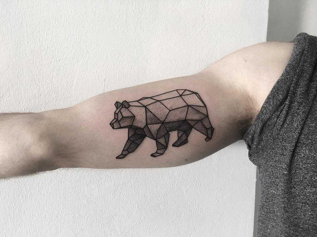 Geometric bear by tattooist Spence @zz tattoo