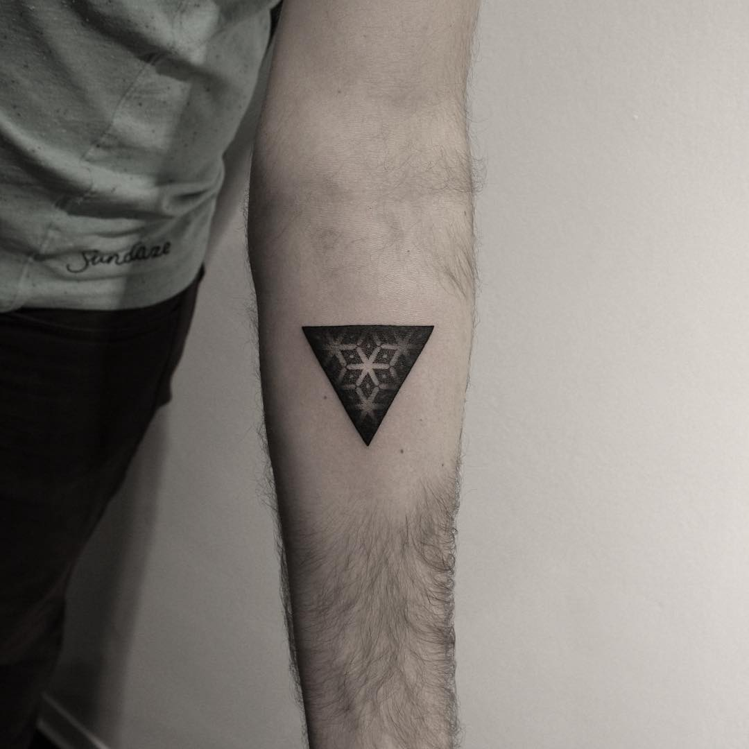 Little geometric triangle by Oliver Whiting