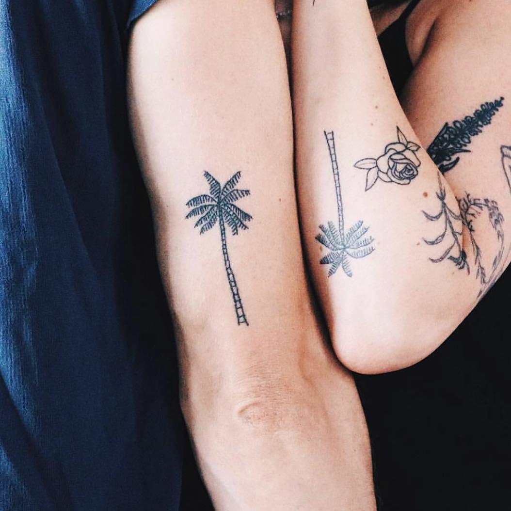 Matching palms by Kelli Kikcio