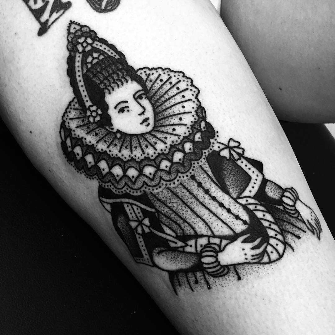 Medieval queen tattoo by tattooist Miedoalvacio