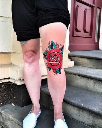 Old-school rose on a thigh by Mike Nofuck