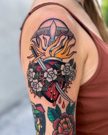 Sacred heart by Javier Betancourt