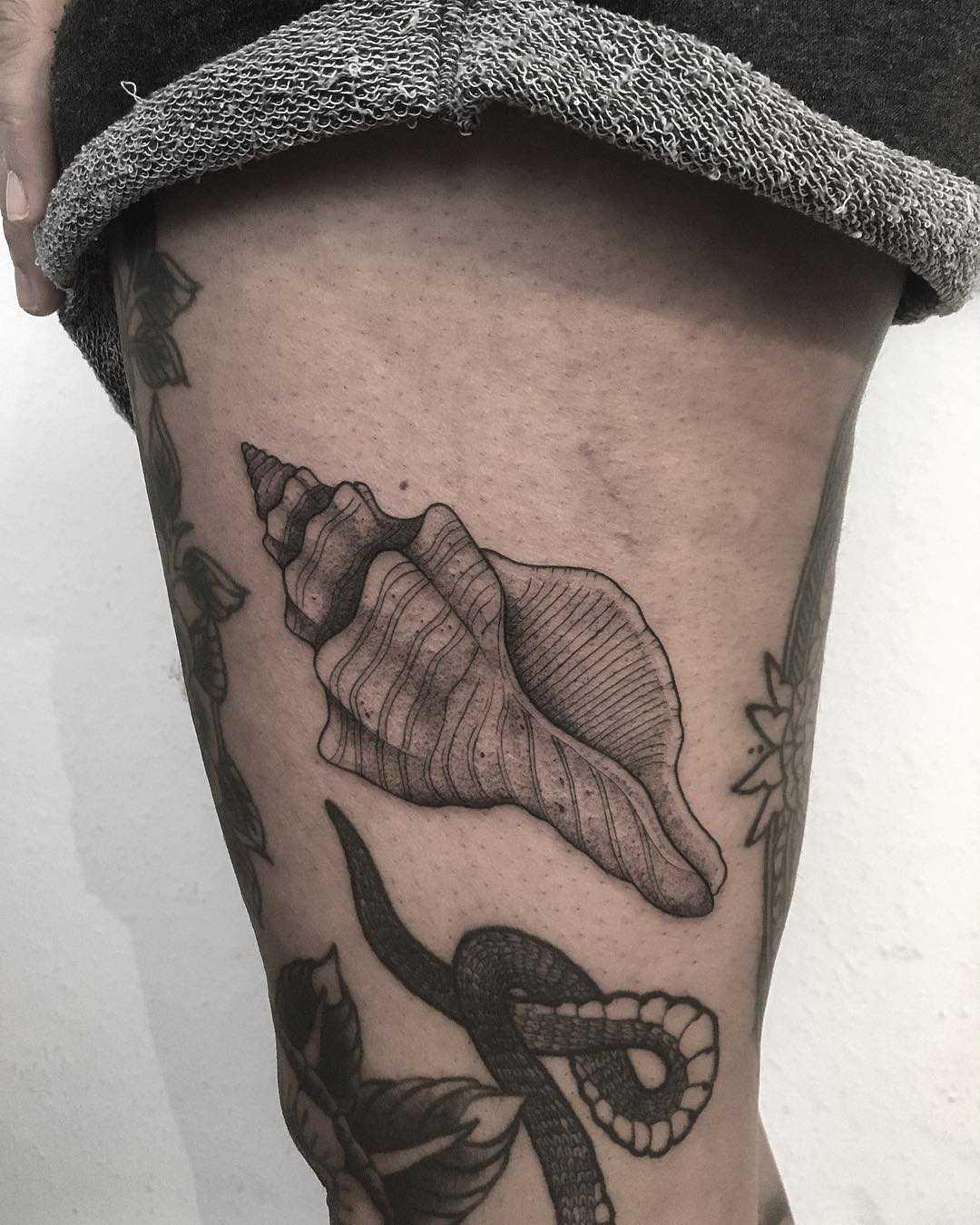 Sea shell tattoo by tattooist Spence @zz tattoo