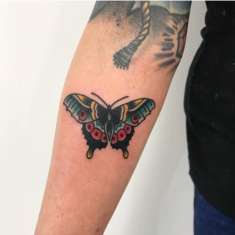 Traditional style butterfly by Łukasz Krupiński