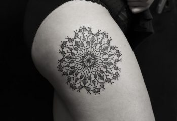 Beautiful mandala on a thigh by Wagner Basei