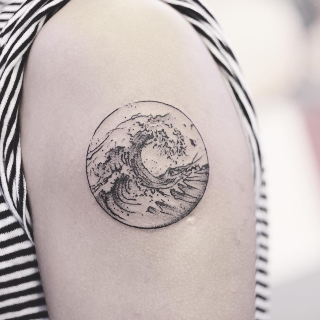 Beautiful wave tattoo by Karry Ka-Ying Poon