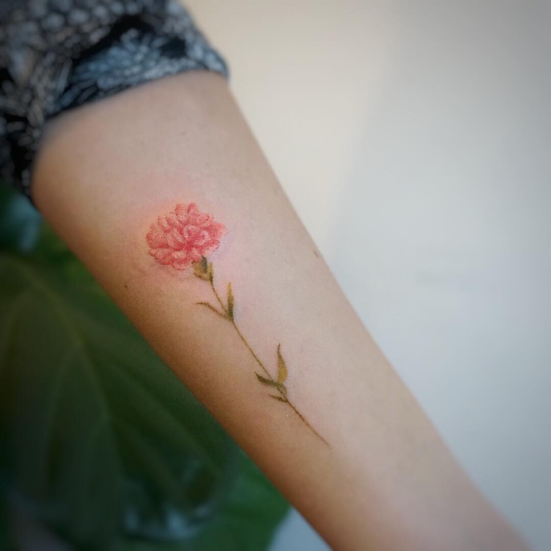 Carnation tattoo by tattooist G.NO