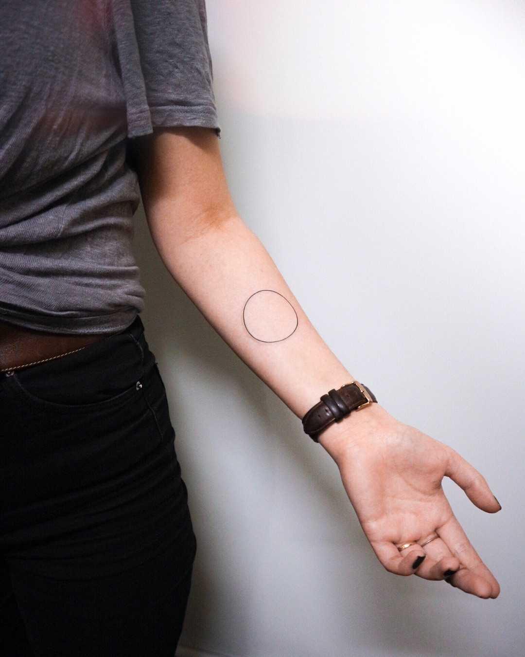 Classical circle tattoo by Ann Gilberg