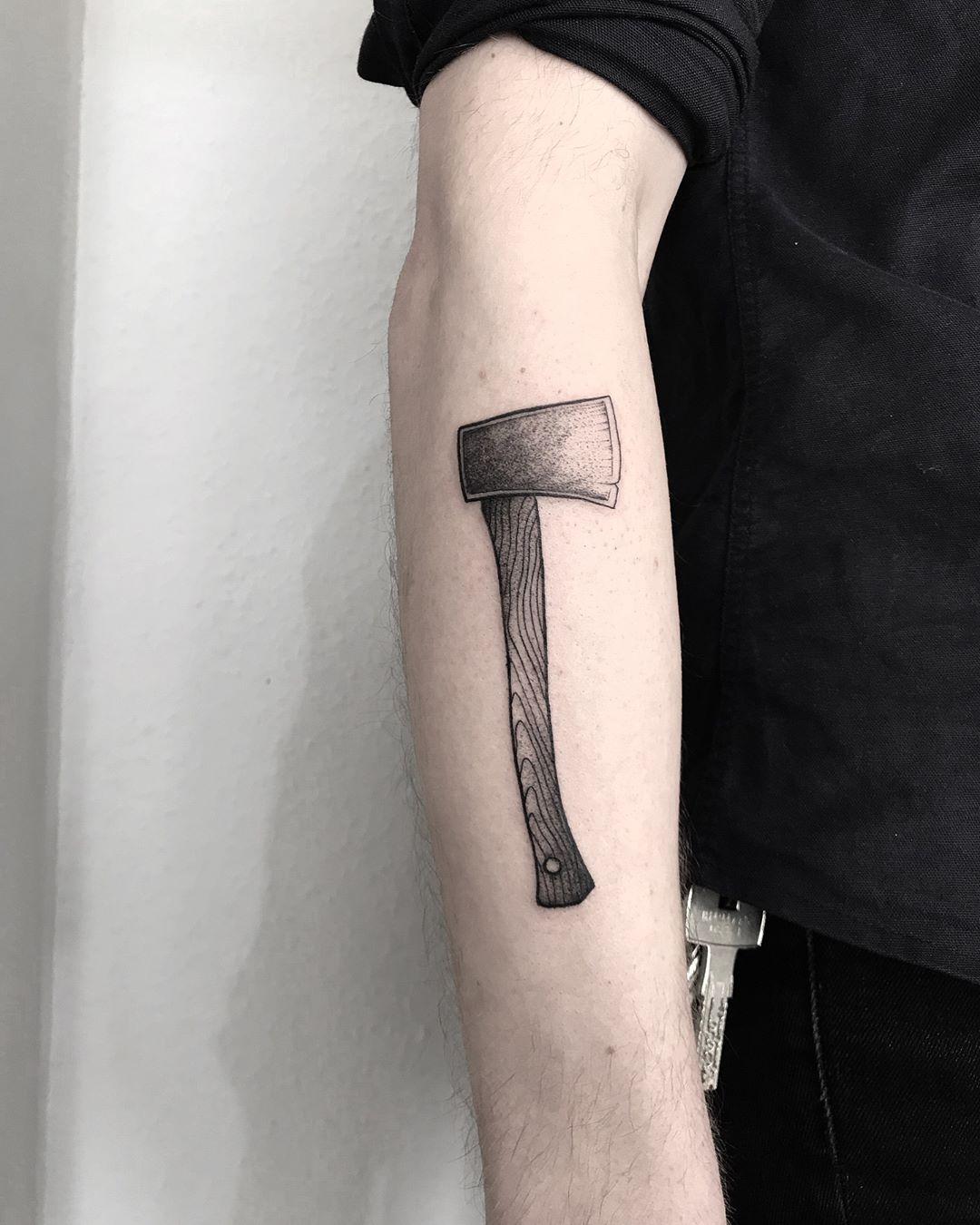 Crisp ax by tattooist Spence @zz tattoo