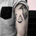 Protection rune tattoo by tattooist gvsxrt