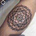 Simple forearm mandala by Loz Thomas