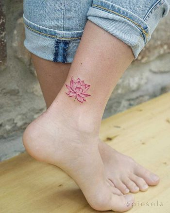 Small lotus flower by tattooist picsola